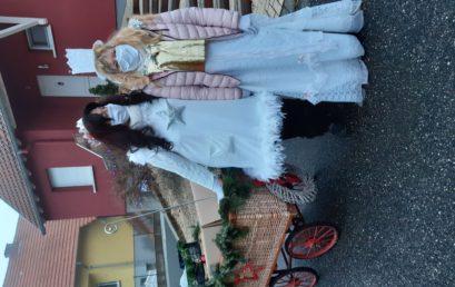 Deux bonnes fées du Grand Nord ont prêté main forte au Père Noël !